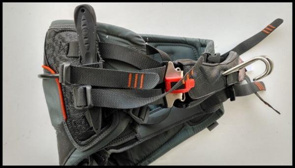 3 el cuchillo del arnes kitesurfing mallorca com equipo de kite