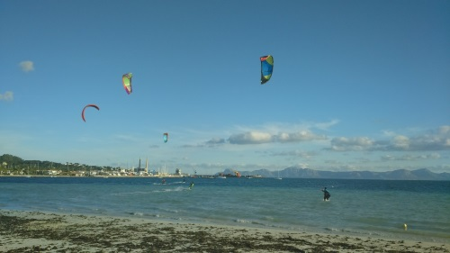 1 leçons de kite a Alcudia ecole de kitesurf en francais