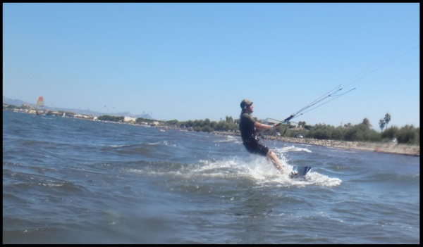 Niels kiteboarding lessons 3 hours kite session in April Alcudia Mallorca