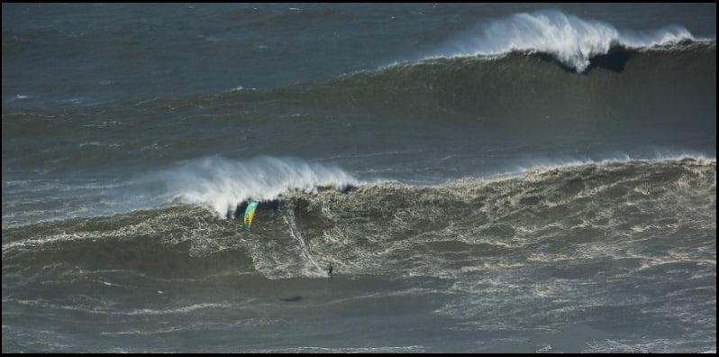 1 beach Nazare kite blog kitesurfingmallorca kiteschool ecole de kite à mallorca
