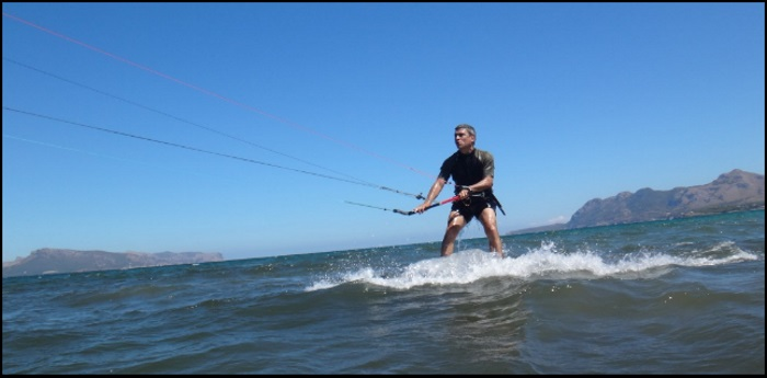 3 le kiteboard est Flyboard 170x50 le kite course de Roberto a Majorque en Aout