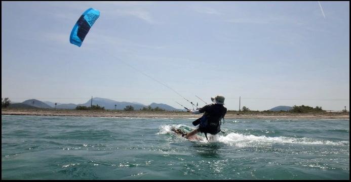 notre école de kitesurf sur TripAdvisor et a demandé des cours de kite à Pollensa en juin