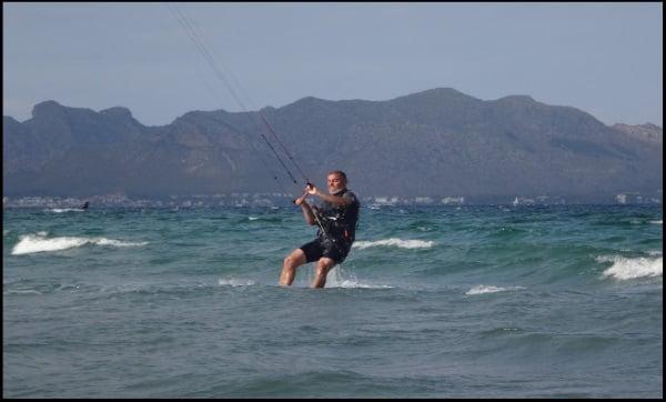6 Uwe an seinem zweiten Tag Kite-nunterricht