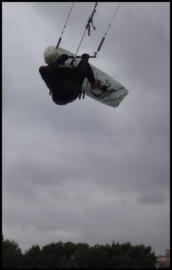 Les 18 nœuds des vents du nord-ouest vous permettent de voler