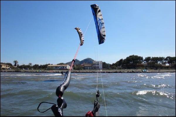 kites type Flysurfer, spécialistes du vent léger kitesurfing mallorca com