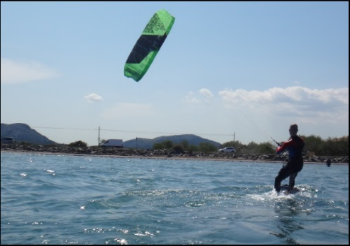 2 positioning the kite foil flysurfer board
