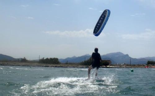 11 Flysurfer curso de kitesurf Cyrus kitesurf en Mallorca