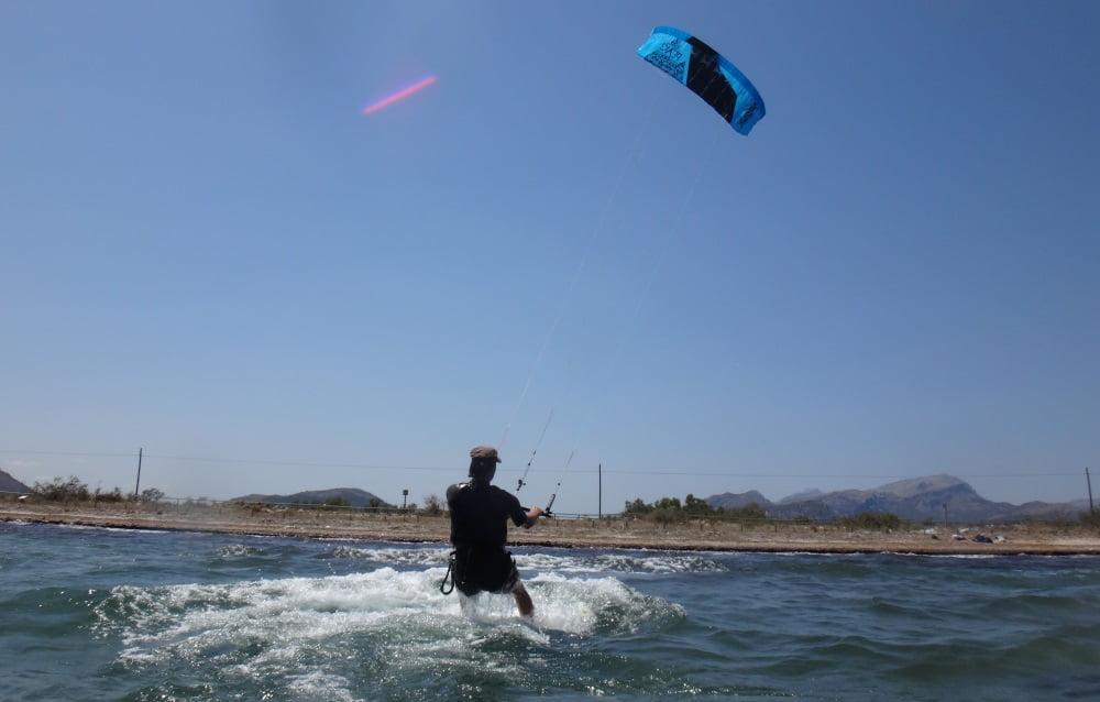 133 flysurfer cometas para clases de kite en Pollensa