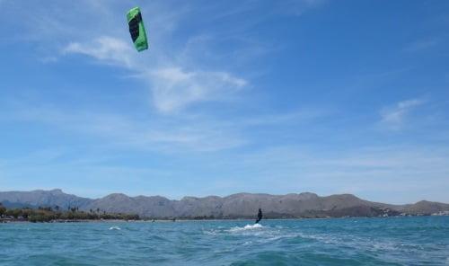 4 kitesurf en Palma de Mallorca Christian y Ronald su teacher