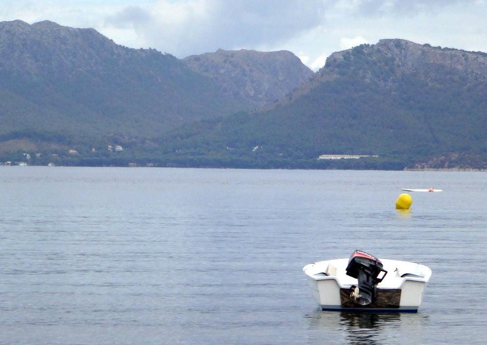 6-el-hotel-Formentor-en-la-distancia-kitesurfen-Mallorca-desde-Es-Barcares-2016