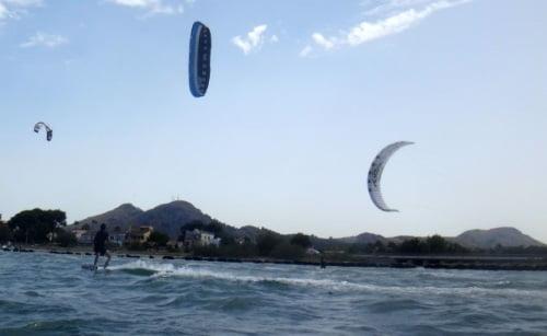 7-son-300-metros-kitesurfing-en-Pollensa