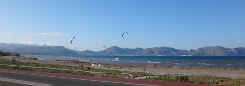 8 the beach action is down but the kite foils are yet up