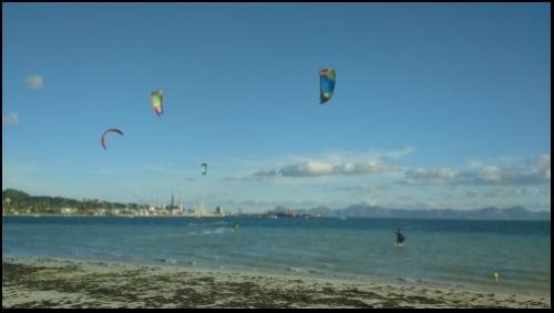 kitesurfing mallorca ecole de kite le vent du sud et même le sud-ouest peut souffler