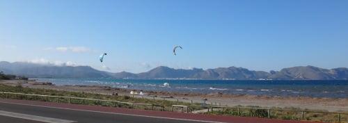 12 a la fin-Pollensa-Bay-kite-leçons-et-une belle navigation de kitesurf à Majorque