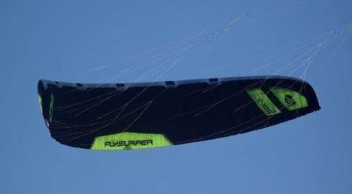 2 fto Flysurfer Sonic FR Kitesurfunterricht auf Mallorca