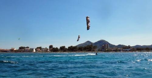 8 lernen Kitesurfen mit Speed 3 Mallorca Lektionen