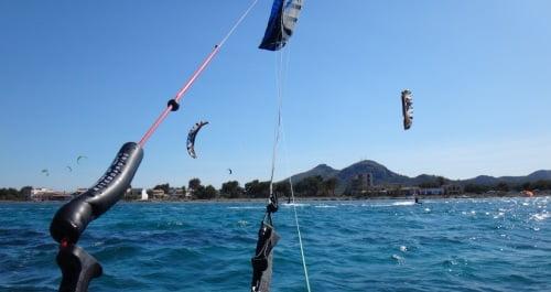 9 von hinter der Kite Bar großer Erfolg Mallorca leichter Wind