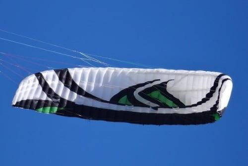 Speed-4-Lotus-kitesurf-école-Palma-de-Mallorca-leçons pour débutants