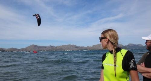 10 lecciones de kite en Alcudia clases en Junio