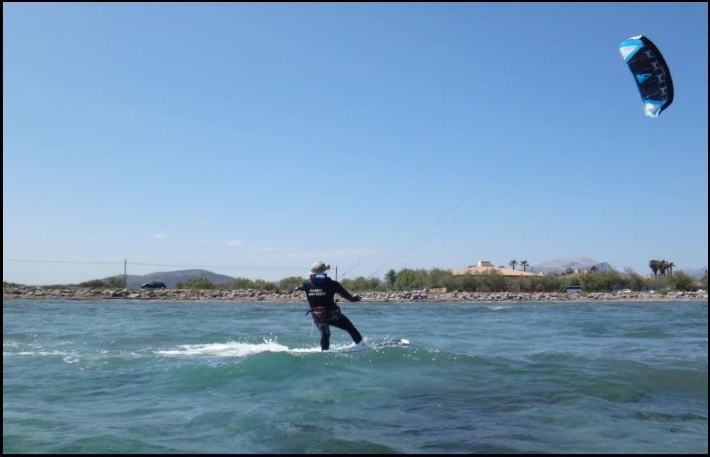 5 cursos de kitesurf en Pollensa en Julio Mallorca kiteschool