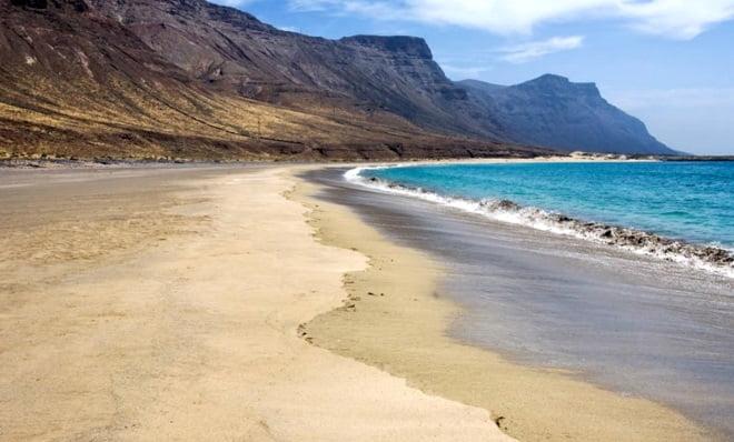 6-kitesurf en-mallorca playa-bajo-el-risco una historia de Lanzarote