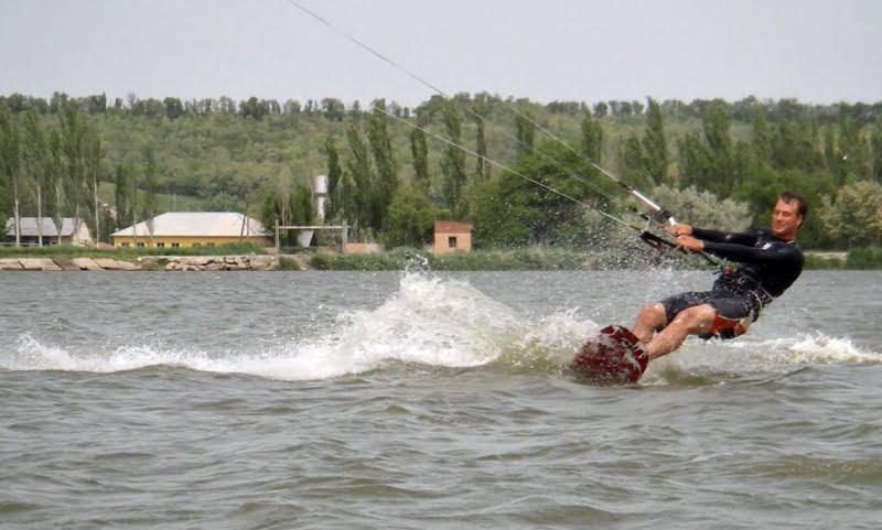 20 clases de kitesurf en Ucrania en Mariupol