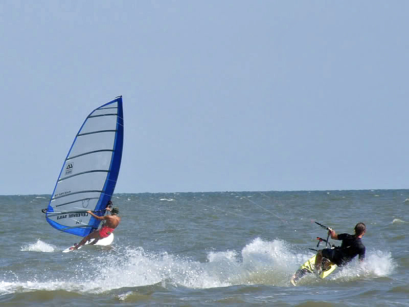 22-evgeni-y-Vlad-kitesurfen-mallorcakite-blog