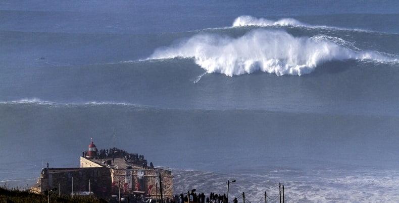3-las olas se forman en Nazaret kiteblog Mallorca kiteschool