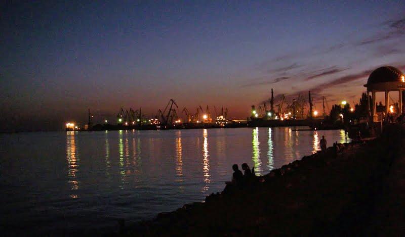 46 cae la noche sobre Berdyansk, ultima foto del reportaje