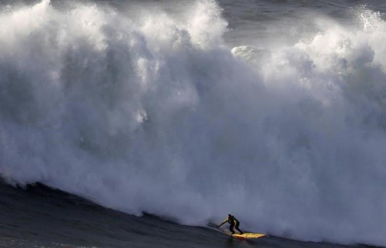 5 la ola en cuestión sobrevivirla ya fué un éxito