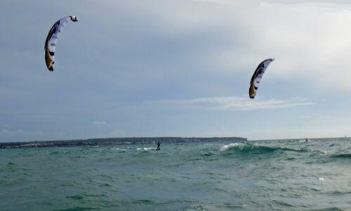 Prácticas de kitesurf de Sa Rapita durante el invierno