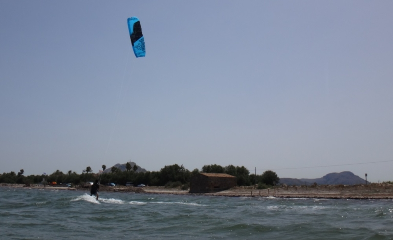 8 Jose best kitesurfing school in Mallorca