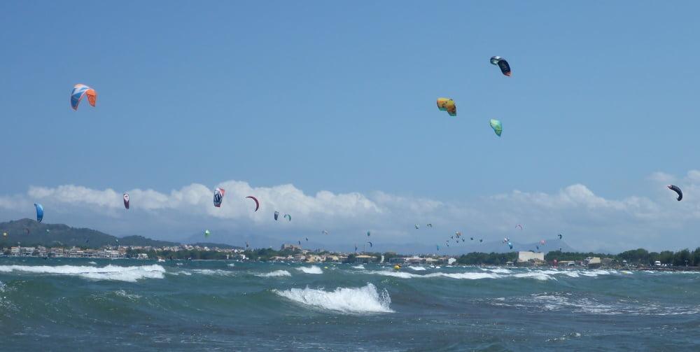 bahia de Pollensa kitesurf en Mallorca en Julio