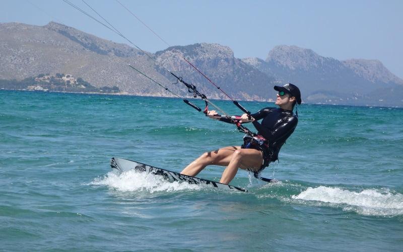 20-Mariona-Mallorca-kitesurfing-school-August-July-September-www-kitesurfingmallorca-com