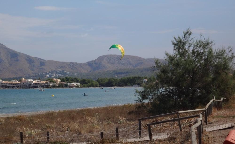 13-protegiendo-la-quilla-muy-bien-pensao-kitesurf en-mallorca