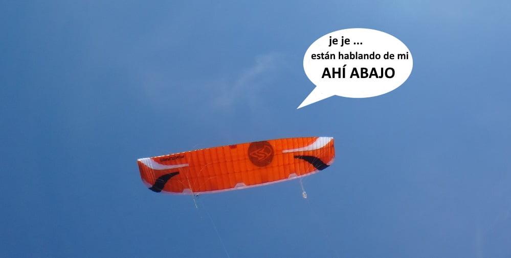 3-el-kite-opinando-kitesurfing-mallorca