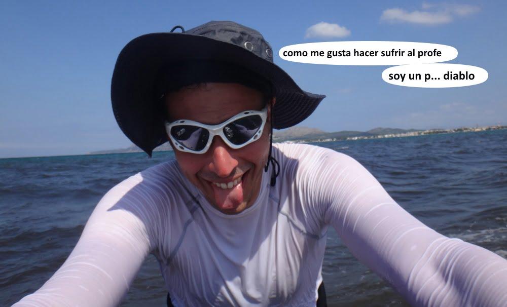 19 playas para kitesurfing en Mallorca alumnos bromeando