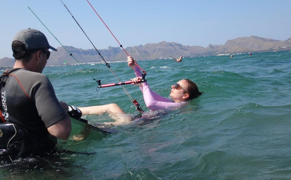 8-enga-vamos-que-nos-vamos-kitesurfing-clases en mallorca